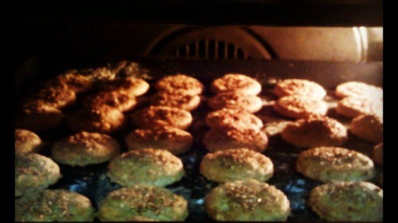 recetas para perros: cookies de queso con sésamo